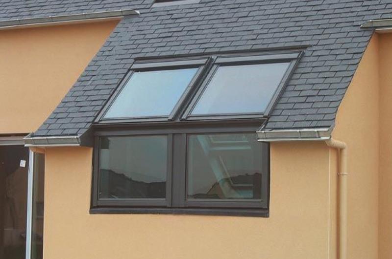 окна на фасад мансарды